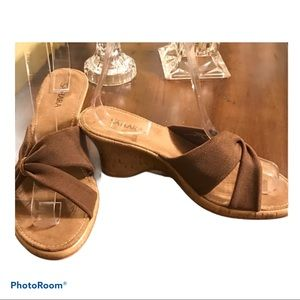 Women's Sandals Sahara Brown Wedge Size 6